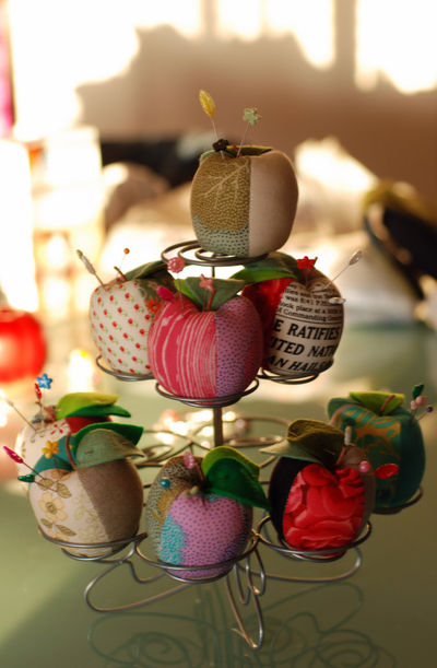 Apple pincushion display