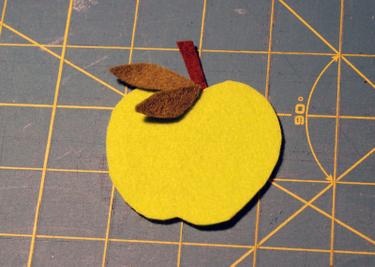 Apple_felt_cut_out